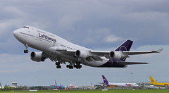 D-ABVM Boeing 747-430 Lufthansa Taking off at Dublin Airport after Painting by IAC into new livery 10-5-18. It is the first 747-400 in the Lufthansa fleet to receive the new livery (1 of 3) (Conor O'Flaherty) Tags: dabvm boeing 747 744 747400 747430 lufthansa staralliance frankfurt dublin repaint dub eidw dublinairport takeoff aviation jet plane
