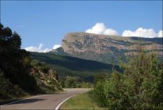 Peña Oroel (Jaca, Aragón, España, 10-7-2012) (Juanje Orío) Tags: aragón provinciadehuesca jaca 2012 españa espagne espanha espanya spain paisaje landscape montaña mountain europeanunion europa europe