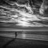 face aux voiles (Yoann Delaplace) Tags: mer bateau phoyograhe soir couche soleil noir et blanc