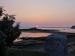 Soleil couchant St Armel (Bretagne) (Yset1) Tags: coucher de soleil mer bretagne