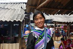 8N1A8380R1- VIETNAM vers Lao Cai le petit marché de Cao Son et ses ethnies richement vêtues (Lionel Corréia) Tags: asie asia asian vietnam vietnamnord nortvietnam vietnamscene scènesdevie ethnie
