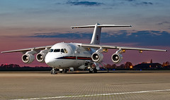 ZE701 - BAe 146 CC.2 - NHT (Seán Noel O'Connell) Tags: royalairforce raf ze701 bae146cc2 bae146 rafnortholt nht egwu nightphotography aviation avgeek aviationphotography planespotting