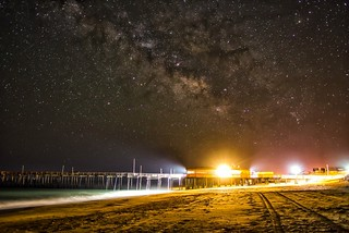 Outerbanks pier and milkyway