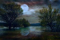 Yesa (ramon.1136) Tags: photoshopcreativo yesa luna