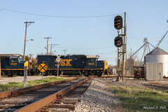 CSXT 1502 @ Mitchell, IN (Michael Polk) Tags: csxt gp15t emd gp40wh2 geomoetry inspection train passenger car monon signals baltimore ohio color position light depot indiana subdivision