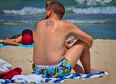 Beach Guys (LarryJay99 ) Tags: 2018 beach streets people ftlauderdale ocean atlanticocean men male man guy guys dude dudes manly virile studly stud masculine sexyman hairychest hairyman hairy bodyhair legs shirtless facair bulge bulges bulging pouch manspreading spreadlegs openlegs spread hotman urbanbackpackers sunning unsuspecting unaware unposed hotdude hunks sexymen peekingpits peeking peekingnipples sagging saggers back tattoos tatts handsome freckles