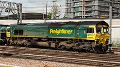66505 (JOHN BRACE) Tags: 1999 gmemd london canada built co class 66 loco seen stratford station freightliner livery 2209 coatbridge felixstowe liner train passing 1011 running time 66505