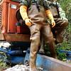 Chameau-oliv-Baustelle8644 (Kanalgummi) Tags: rubber waders chestwaders wathose gloves gummihandschuhe bomber jacket bomberjacke