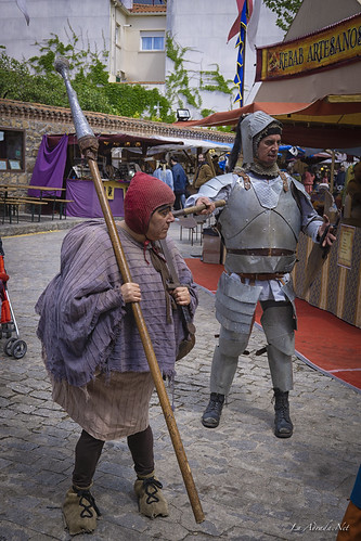 "XVII Mercado Medieval de La Adrada • <a style=""font-size:0.8em;"" href=""http://www.flickr.com/photos/133275046@N07/26995391377/"" target=""_blank"">View on Flickr</a>"