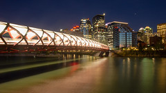 DS2_0254 (Dan Sigouin Photography) Tags: calgaryalberta yyc longexposure nightphotography jupiter peacebridge bowriver