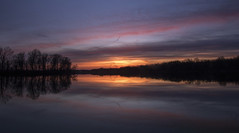 Tonight's sunset..... (Kevin Povenz Thanks for all the views and comments) Tags: 2018 april kevinpovenz westmichigan michigan ottawa ottawacounty ottawacountyparks thebendarea pond lake sunset sun evening late dusk clouds reflection canon7dmarkii