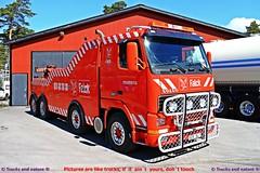 Volvo FH16 520 1994 RAA Bärgning & Transport AB (Trucks and nature) Tags: volvo fh16 520 1994 90s raa bärgning transport ab tow truck bärgningsbil bärgare lastbil falck 4 axles stacks 6 cylinder bullbar tungbärgare lights heavy hauler rescue hjältar vägens vägar frusna
