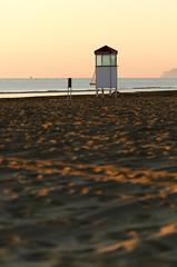 Watchtower (ciccioetneo) Tags: rimini emiliaromagna romagna italia italy ciccioetneo watchtower baywatch bagnino spiaggia beach shore alba sunrise