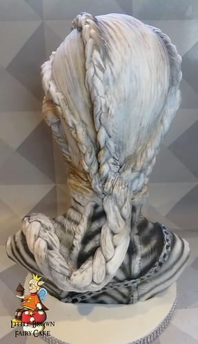 a back khaleesi