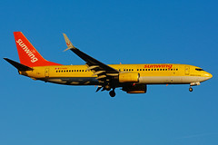 C-GUUL (Sunwing - TUI-cs) (Steelhead 2010) Tags: sunwingairlines boeing b737 b737800 tuifly yyz creg cguul