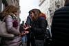Milano Street Walking - Who Knew? (In.Deo) Tags: milano lombardia italy street