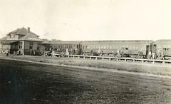 Gimli - Railway Station (vintage.winnipeg) Tags: manitoba canada vintage history historic gimli