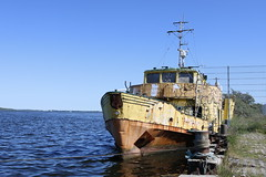 Lost ship (Rod Elbahn) Tags: ostsee schiff schifffahrt ship alt old lost vergessen canon 750d
