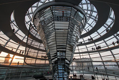 Inside Reichstag Dome (HansPermana) Tags: berlin deutschland germany ddr city cityscape citycenter reichstag dome aerialview modern sunset