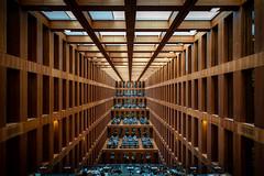 Psst. (Chris Buhr) Tags: bibliothek berlin humbolt universität uni studium interior architektur design indoor linien line holz modern moderne leica m10 21mm summilux