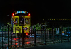 turnaround tweet (pbo31) Tags: sanfrancisco california nikon d810 color april 2018 spring boury pbo31 night black dark city urban cablecar turnaround tweet hydestreet aquaticpark yellow muni