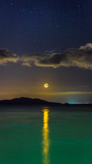 Silêncio (Diego S. Mondini) Tags: lua céu moon sky stars noite estrelada noiteestrelada laranjeiras sãofranciscodosul brasil brazil santacatarina waxingmoon luacrescente baíadababitonga babitonga t3i canon