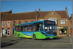 37438, Gaywood (Jason 87030) Tags: mmc enviro stagecoach norfolk kingslynn 37438 yn16orh subway gaywood january work 2018 green blue coasthopper livery new bus vehicle lighting color colour