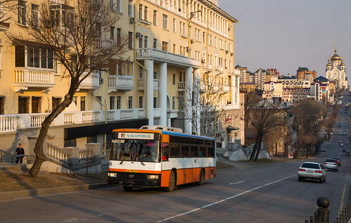Khabarovsk city bus: Daewoo BS106 # 145