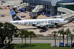 Frontier A320 - Tampa (Infinity & Beyond Photography) Tags: frontier airlines airbus a320 aircraft n216fr tampa international airport tpa planes
