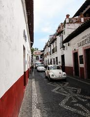 WW Taxi de Taxco (ilana.greendel) Tags: mexico mexique street