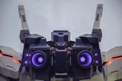 Gundam Back (spiraldelight) Tags: ef24105mmf4lisusm eos5dmkii tokyo 東京 gundam ガンダム お台場 daiba ダイバーシティ divercity ユニコーン