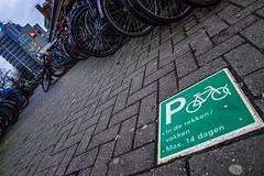 Parking Instructions (135/365) (Walimai.photo) Tags: bike parking bici bicicleta aparcamiento instrucciones instructions green verde street calle amsterdam holanda netherlands lx5 lumix panasonic detail detalle