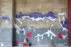 Bis (soulroach) Tags: queens ny nyc graffiti bis bisone outsiders
