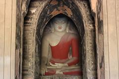 Bagan (mbphillips) Tags: မြန်မာ ပုဂံ fareast southeastasia ミャンマー 미얀마 缅甸 緬甸 asia アジア 아시아 亚洲 亞洲 myanmar burma မြန်မာနိုင်ငံက mbphillips geotagged photojournalism photojournalist 蒲甘 바간 canonef50mmf18ii abeyadanaphato အပယ်ရတနာဘုရား abeyadanatemple symmetrical buddha buddhism 불교 佛教 budismo temple buddhist travel 캐논 canoneos450d canoneosrebelxsi canoneoskissx2 canon canon450d bagan バガン