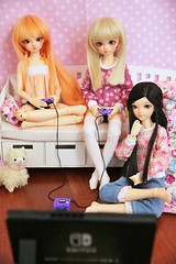 [May of Dolls 16/31] - Videogames ♥ (SunShineRu) Tags: mnf minifee miyu sarang sarang14 sarang2014 14 2014 juri juri13 juri2013 13 2013 girl slim msd may dolls ball jointed doll videogame videogames nintendo pink cute kawaii friends