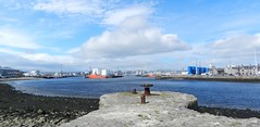 Aberdeen Harbour, Aberdeen, May 2018 (allanmaciver) Tags: old pier aberdeen north east coast scotland granite bollard mooring solid red blue colours vessels clouds weather may warm enjoy breeze water allanmaciver