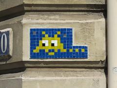 Space Invader PA_236 (tofz4u) Tags: 75008 paris streetart artderue invader spaceinvader spaceinvaders mosaïque mosaic tile pa236 reactivated restauré spacerescueintl reactivationteam bleu blue jaune yellow