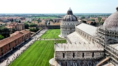 From Leaning Tower (uffagiainuso) Tags: pisa torredipisa leaningtower pisatower landscapearchitecture landscape cityexplorer cityview cityscape italiancity italyvacations italialandscape panorama paisage cattedralemetropolitanaprimazialedisantamariaassunta cattedrale cathedral pisacathedral topview rooftop rooftops roofs unescoworldheritage heritage