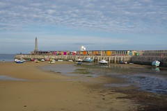Boats in Margate Harbour and Breakwater.... (favmark1) Tags: cycle thevikingcoastalway coastalpath margate harbour breakwater