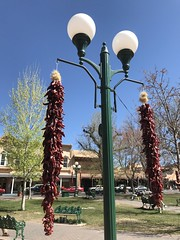 Santa Fe square Chiles (f l a m i n g o) Tags: chile light peppers decoration santafe newmexico plaza