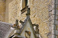 1388 Val de Loire en Août 2017 - Fougères-sur-Bièvre, le château (paspog) Tags: fougèressurbièvre château châteaudefougèressurbièvre castle schloss valdeloire france 2017 statues sculptures