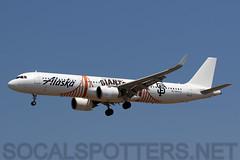 N924VA (SoCalSpotters) Tags: asa klax socalspotters n924va sanfranciscogiants alaskaairlines airbus a321