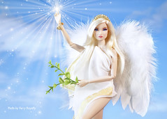 Take an Angel by the Wings (Ferry R.) Tags: barbiedoll barbie integritytoys fashionroyalty fashion royalty integrity toys nuface nu face erin salston erinsalston you look so fine youlooksofine fashiondollphotography fashiondoll doll dolls angel dollcollection dollphoto dollcollector sky