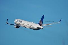 "United Airlines N674UA Boeing 767-322ER Winglets cn/29242-782 ""6774"" @ Kaagbaan EHAM / AMS 06-04-2018 (Nabil Molinari Photography) Tags: united airlines n674ua boeing 767322er winglets cn29242782 6774 kaagbaan eham ams 06042018"