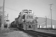 Hanover Local Switching (DJ Witty) Tags: hanover railroad rr freight train photography kodak csx csxt gp402 medalist bw blackwhite pennsylvania usa mediumformat