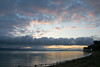 alba (crepuscolo) (phacelias) Tags: sky cielo lucht luchten clouds wolken nuvole acqua water oever shore riva sunrise zonsopkomst alba