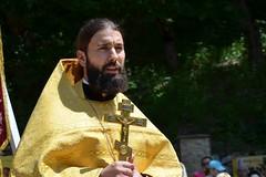 180520-09 Молодёжный крестный ход поднялся к Бештаугорскому монастырю