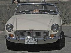 MG MGB (D70) Tags: yaletown car show vancouver bc canada august 6th 2005 nikon d70 ƒ160 780mm 11000 mg mgb roadster sports