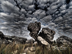 Rock Formations (jan-krux photography - thx for 3 Mio+ views) Tags: rock formations fels felsformation felsen stein steine sky himmel landschaft landscape funny interesting interessant dramatic dramatisch silvermine naturereserve naturreservat natureschutzgebiet natur schutz gebiet cliff klippe olympus omd em1 mkii southafrica suedafrika westerncape westkap clouds wolken cloudporn schlitz ritze gap