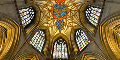 TEWKESBURY ABBEY (chris .p) Tags: tewkesbury abbey gloucestershire nikon d610 view capture history spring 2018 uk england church windows glass april